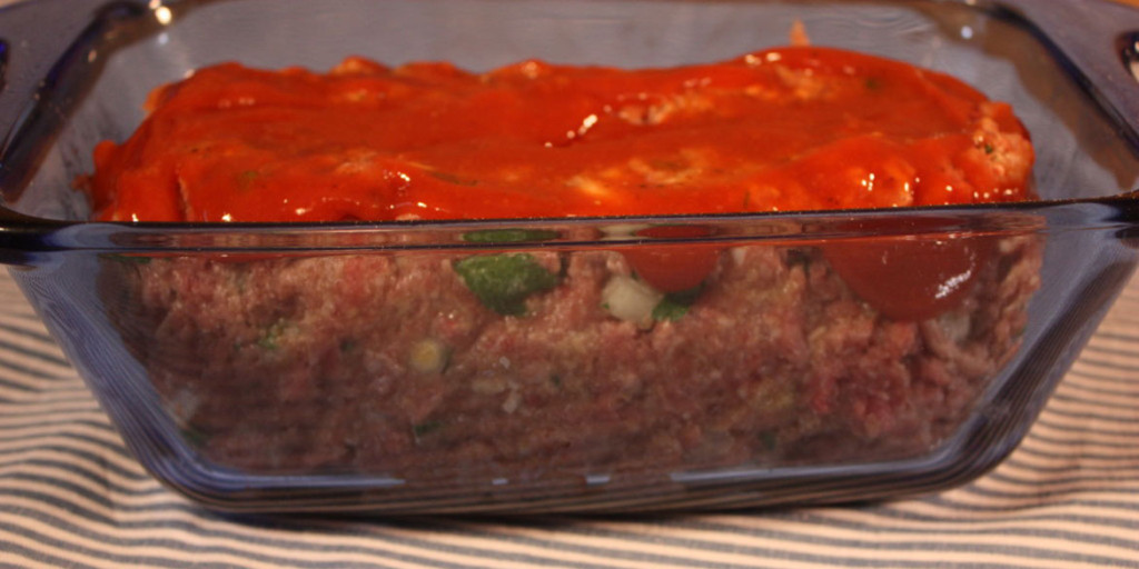 Old School Meatloaf - Moist, tender, and flavorful traditional meatloaf!