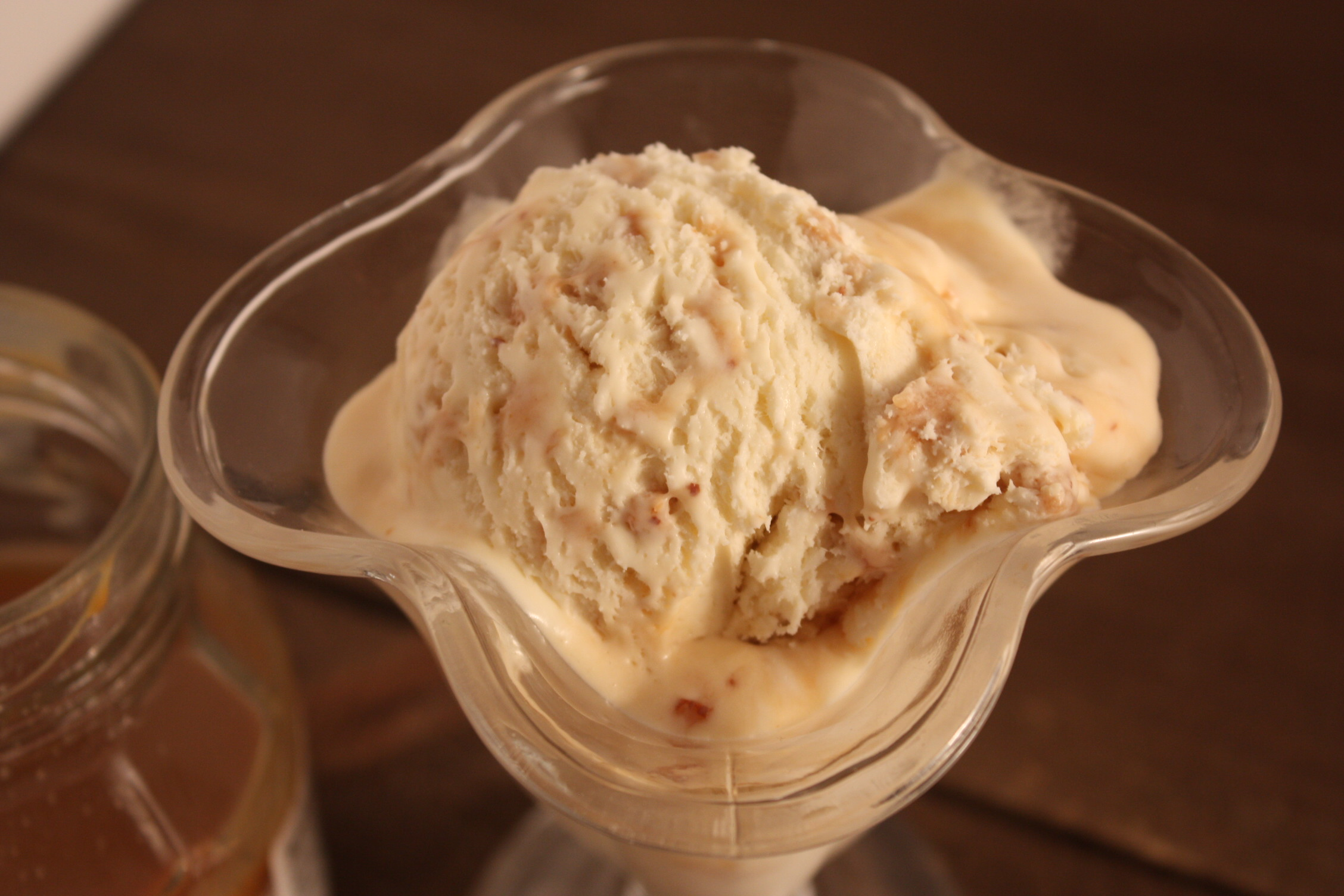 No Churn Salted Caramel Toffee Bit Ice Cream - No churn ice cream is a breeze to whip up. How can you go wrong with salted caramel? by Don't Sweat The Recipe