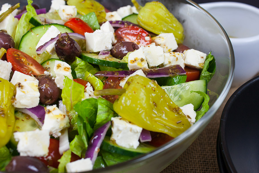 Quick and Easy Greek Salad - The MOST amazing Greek salad ever! Perfect combination of flavors!