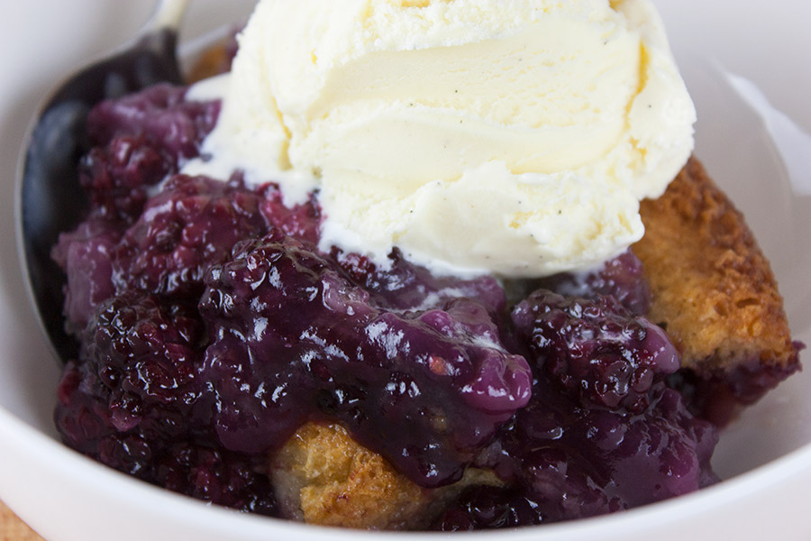 Easy Blackberry Cobbler Don 39 T Sweat The Recipe