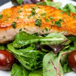 Pan-Seared Salmon Salad with Lemon Vinaigrette - One of the quickest, healthiest meals you can serve your family! Fresh homemade lemon vinaigrette brings tons of tangy, zesty flavor to the salmon and the salad.