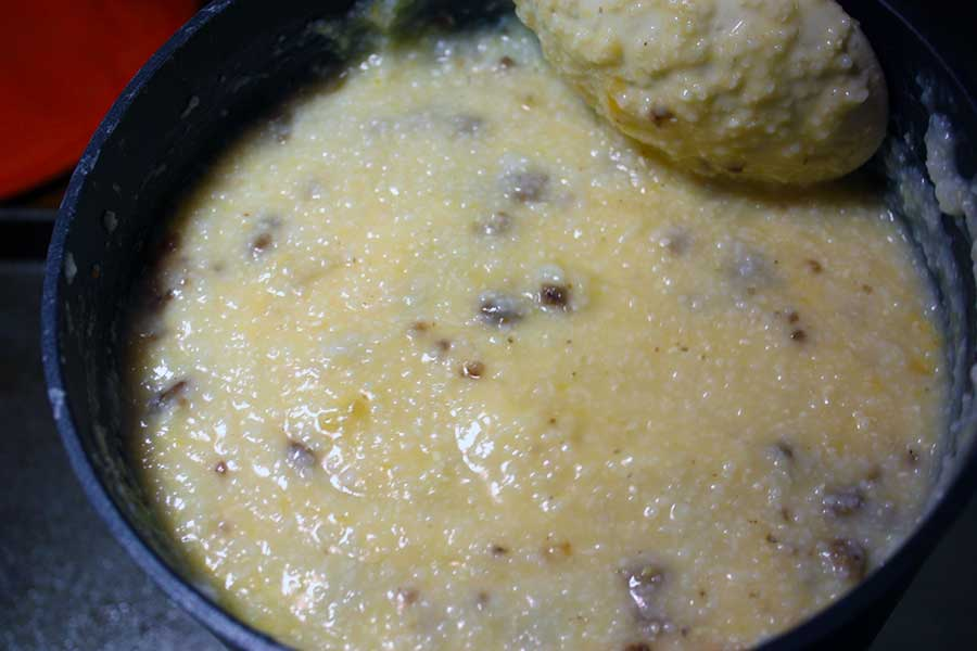 Fried Grit Cakes - grit mixture in a sauce pan