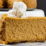 Pumpkin pie has nothing on this fall-flavored dessert. This easy pumpkin cheesecake recipe delivers the creamy, smooth, pumpkin flavor of your dreams!