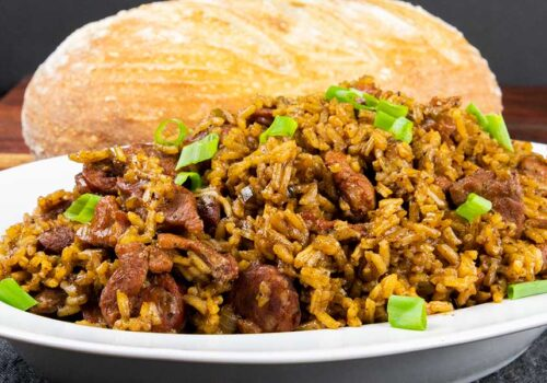 This authentic and amazingly delicious Cajun jambalaya recipe delivers that New Orleans flavor that brings Bourbon Street to you! #jambalaya #cajun #food #recipes